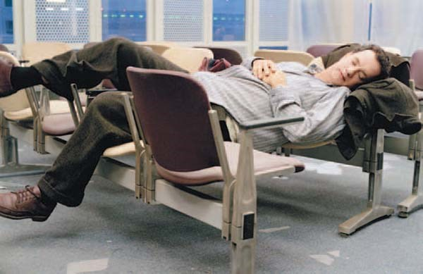 Terminal koltuklarında uyumaya son