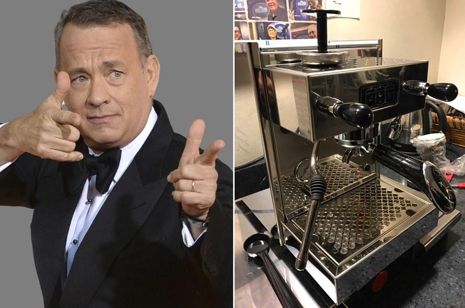 Hanks, hediye olarak espresso makinelerinin Ferrari'si kabul edilenPasquini markayı tercih etti.