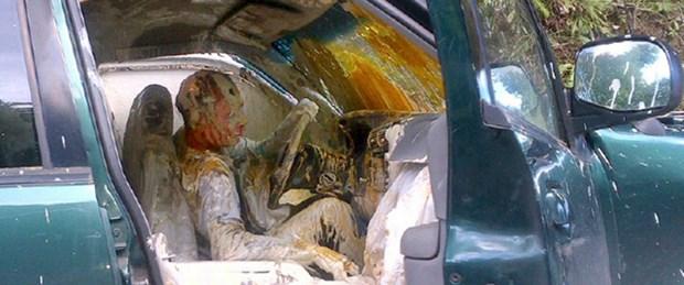 Trafik kazası 'renkli' bitti