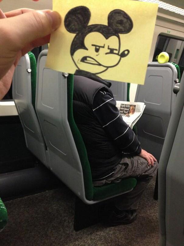 Tren yolculuklarını eğlenceye çevirdi