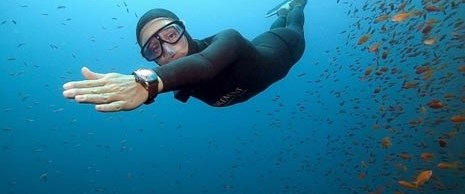 Tüpsüz 96 metreye daldı