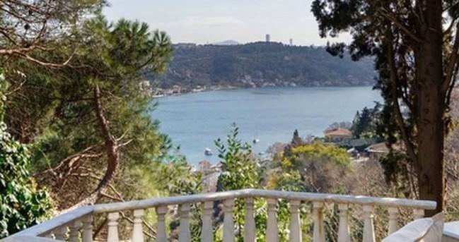 Usta sanatçının sattığı evi Boğaz manzaralıydı.