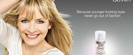 Twiggy'nin krem reklamı yanlış yönlendiriyor