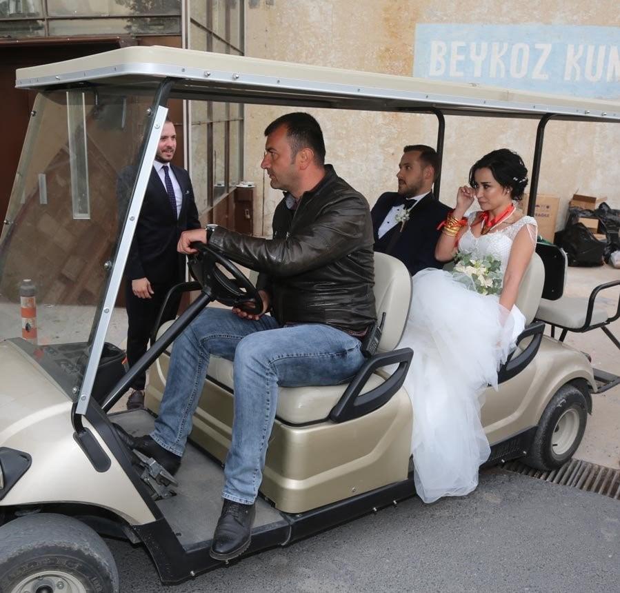 """Erdim sosyal medya üzerinden """"Ben olsam benimle evlenirdim"""" mesajı atmış, Çınar da """"Ben olsam 'evet' derdim"""" yanıtını vermişti."""