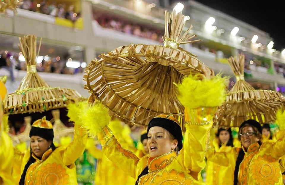 Ünlü simalar Rio Karnavalı'na renk kattı