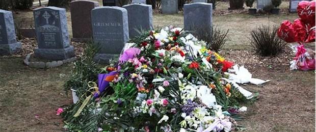 Whitney Houston'ın mezarına 24 saat koruma