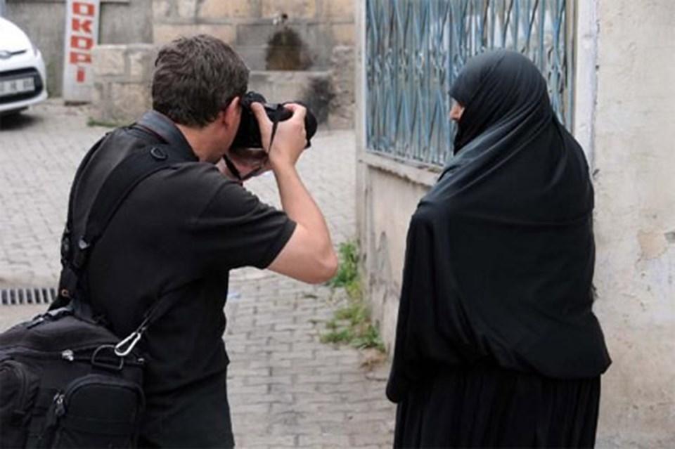 Yabancı fotoğrafçıların çarşaflı kadın ilgisi  NTV