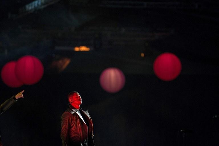 Yemin töreni öncesi sahnede bir yıldız