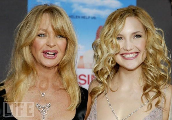 Kate Hudson ve annesi Goldie Hawn