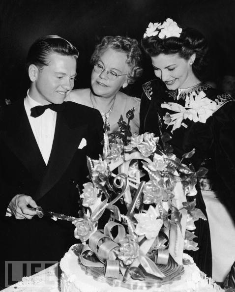 Mickey Rooney ve annesi Nell Yule