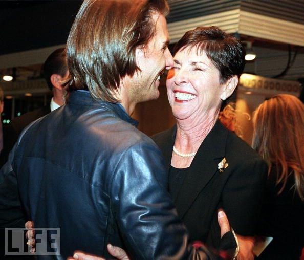Tom Cruise ve annesi Mary South