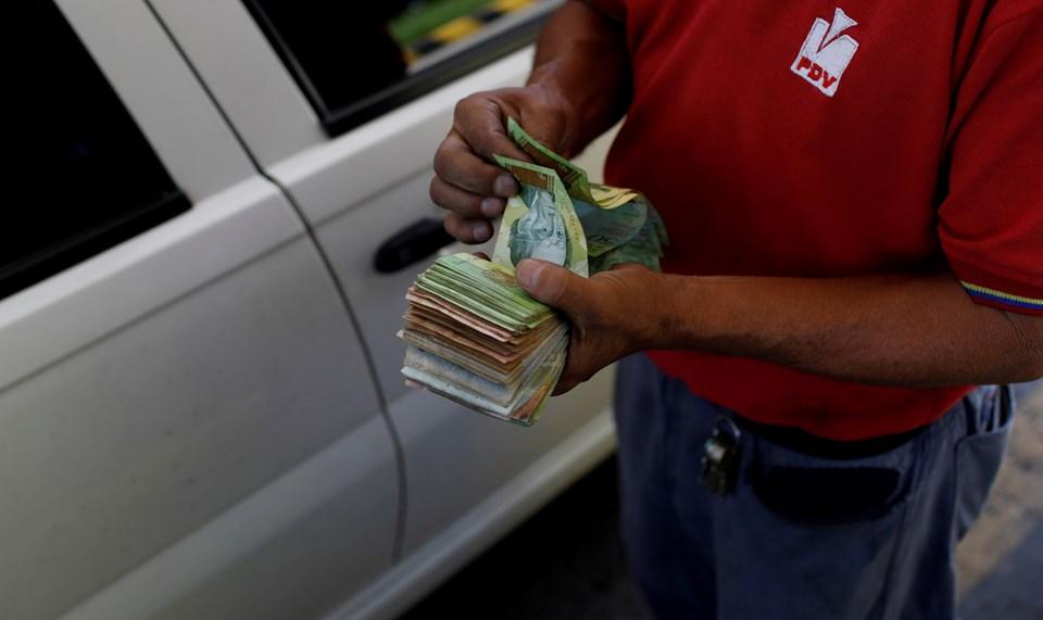 Venezuela hiper-enflasyonla boğuşuyor, asgari ücret 10 doların altında