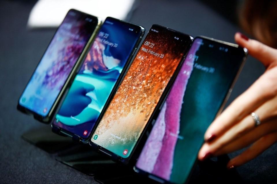 Instagram ile özel bir çalışma yapan Samsung, Galaxy S10 ile hızlıca paylaşım yapabilmek için özel arayüz tasarımları yaptı.