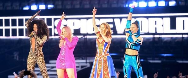 Yeni Spice Girls'ün ilk konserinde fiyasko