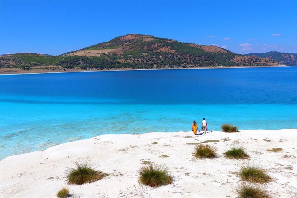 Bakan açıkladı: Salda Gölü'nün 'Beyaz Adalar' bölgesinde göle ve plaja giriş yasaklandı - 2