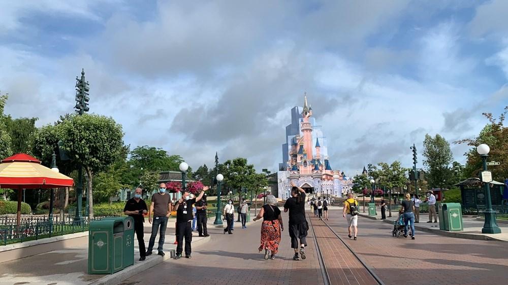 Disneyland Paris reopened after 7.5 months - 9