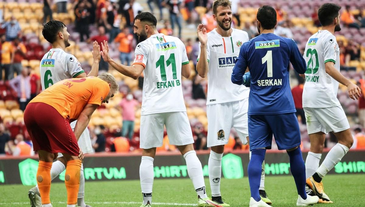 Galatasaray kendi evinde Alanyaspor'a yenildi: Maçtan notlar ve kareler