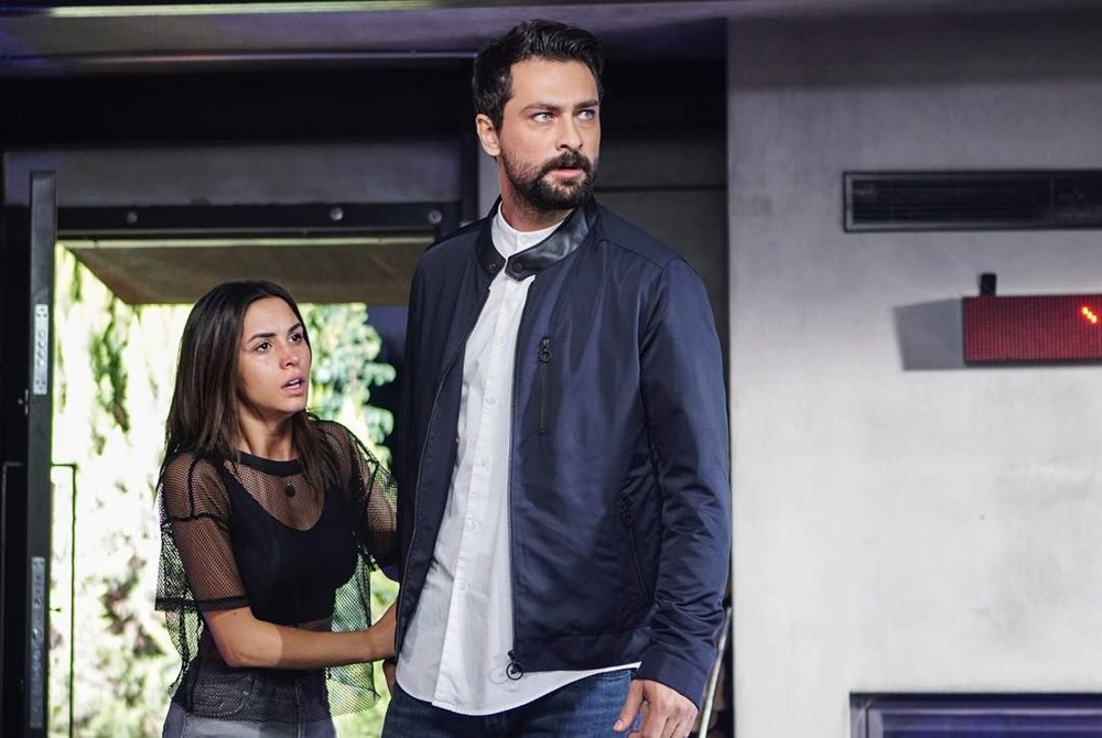 Oyuncu Ayşegül Çınar'a gözaltı: Bana tuzak kurdular - Magazin Haberleri    NTV