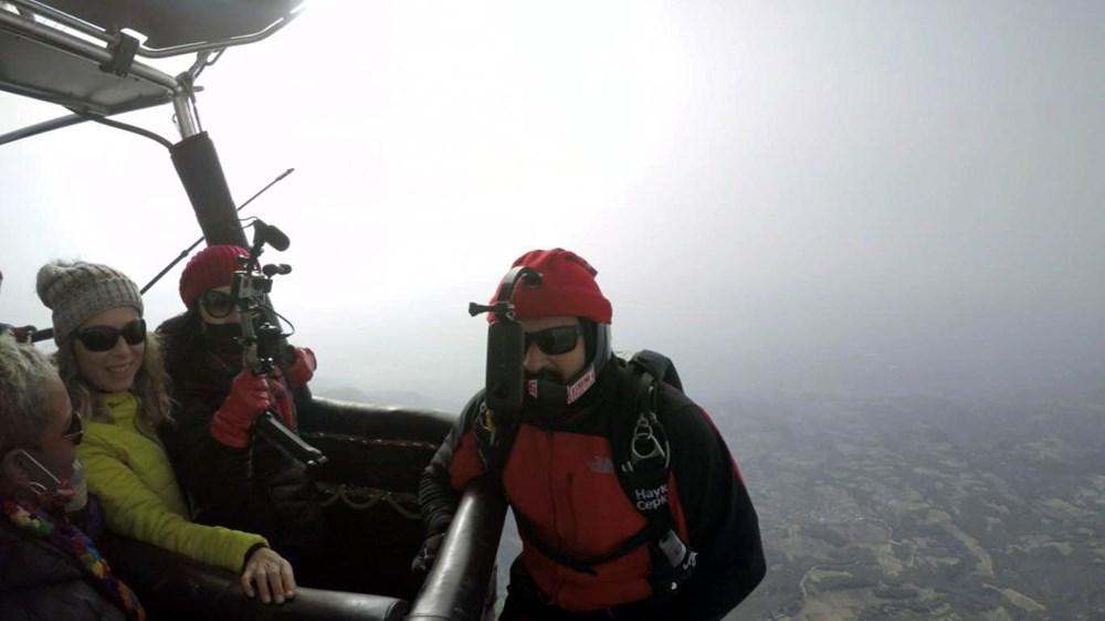 Hayko Cepkin, Pamukkale'de balondan paraşütle atladı - 3