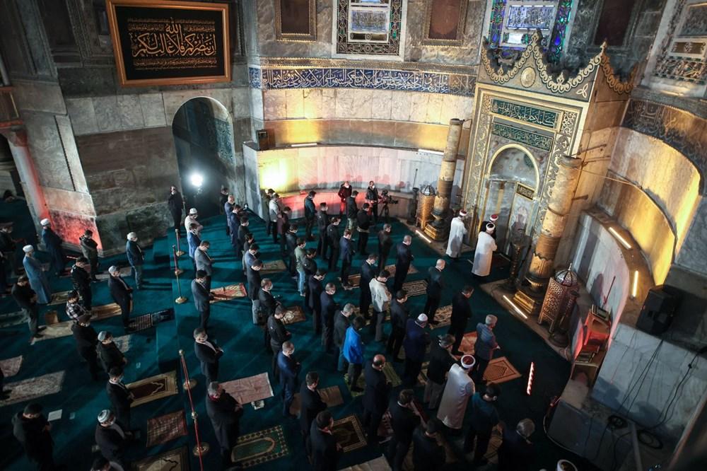 Ayasofya'da 87 yıl sonra ilk Ramazan Bayramı namazı kılındı - 15