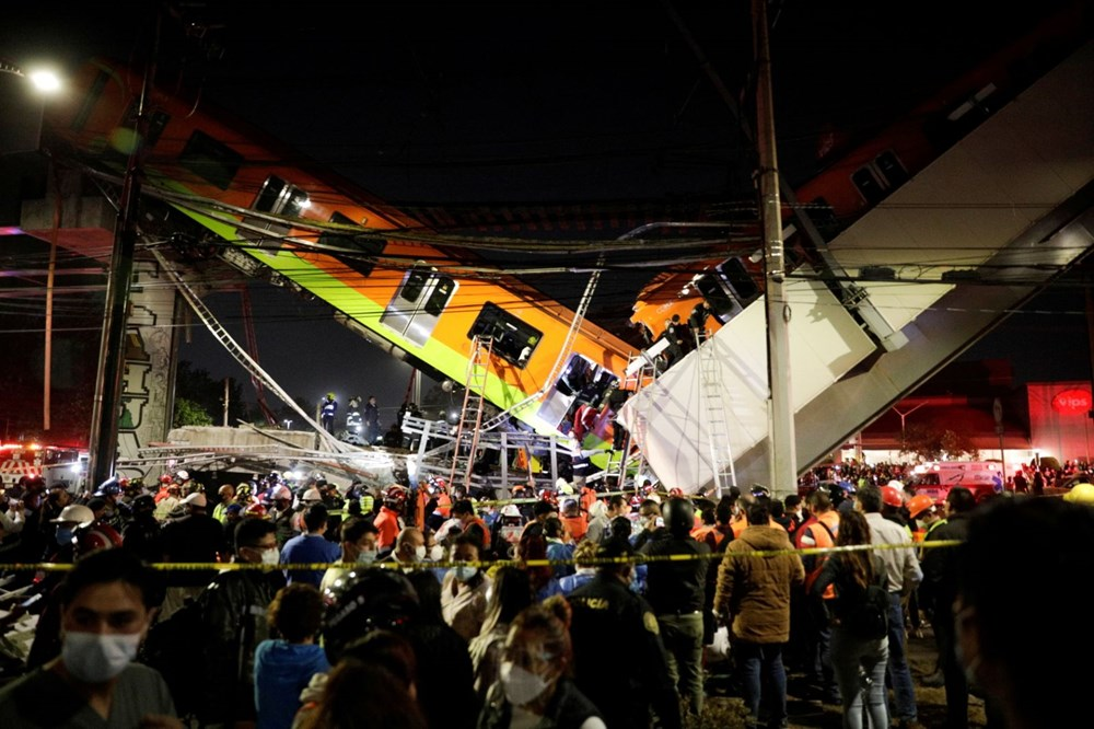 Meksika'da tren raylarını taşıyan üst geçit çöktü: 15 kişi öldü, 70 kişi yaralandı - 3