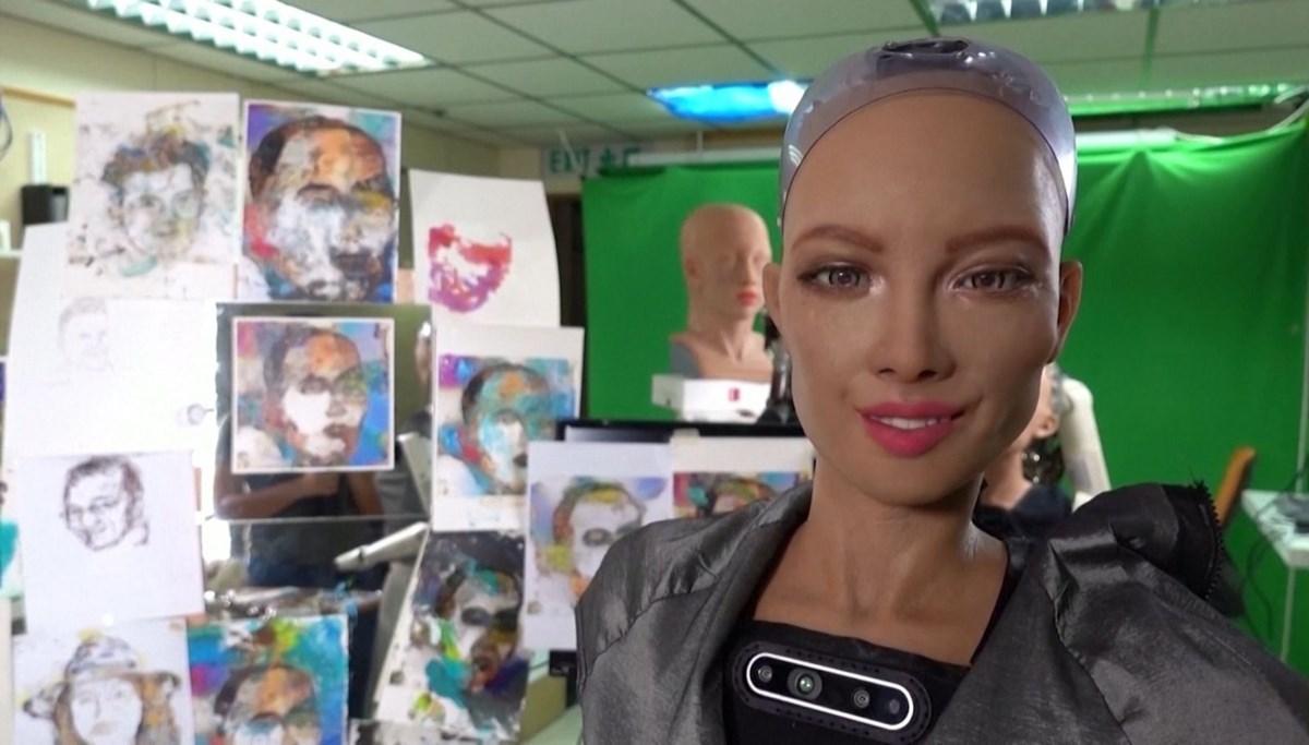 Robot Sophia'nın eseri 688 bin dolara satıldı