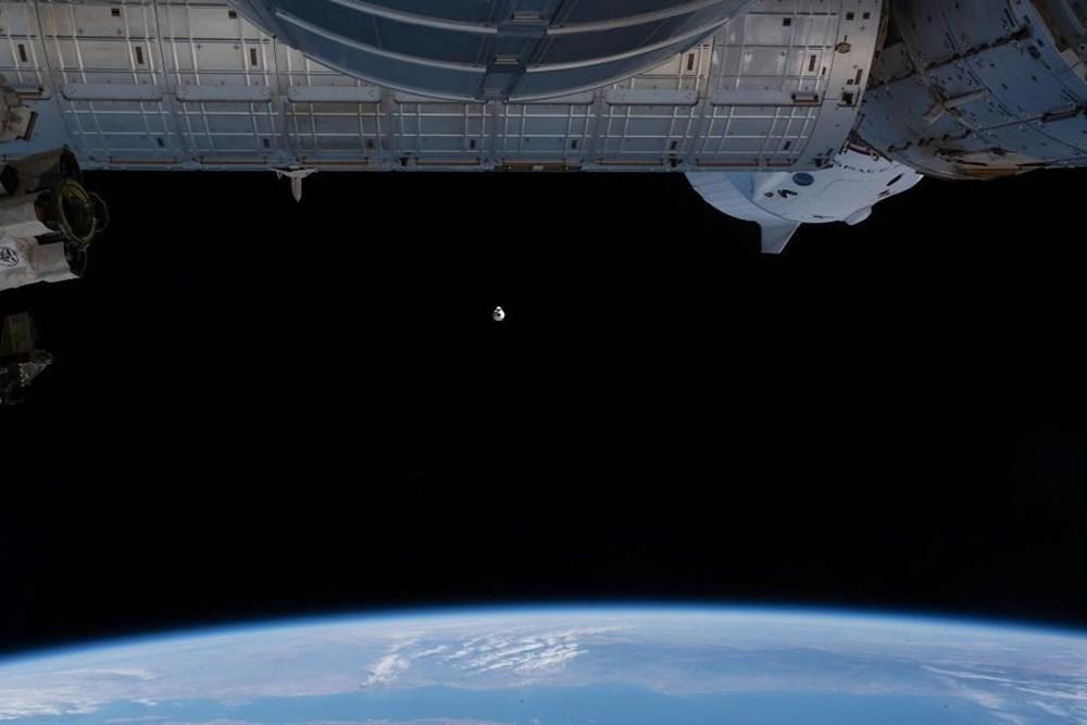 NASA'nın kargo gemisi istasyona kenetlendi - 9