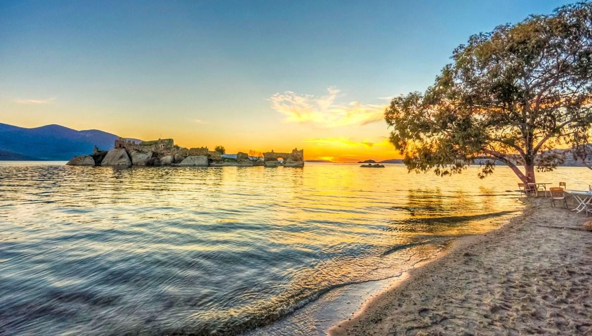 Ege Bölgesi'nin en büyük gölü Bafa, doğaseverleri cezbediyor