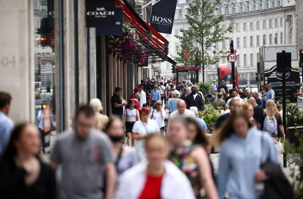 İngiltere sona yaklaştı: Sürü bağışıklığı yüzde 87 - 4