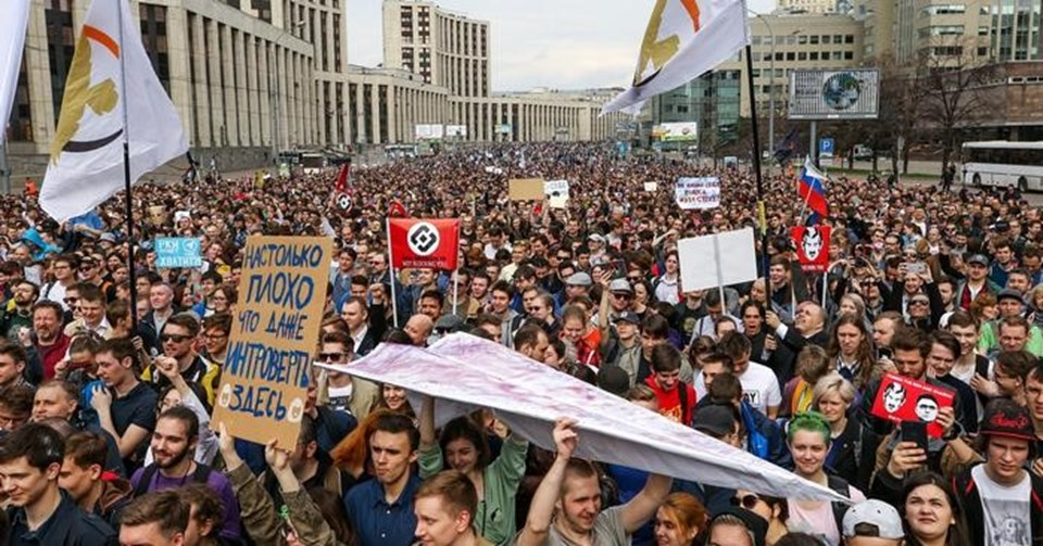 Moskova'daki gösteriye yaklaşık 10 bin kişi katıldı.