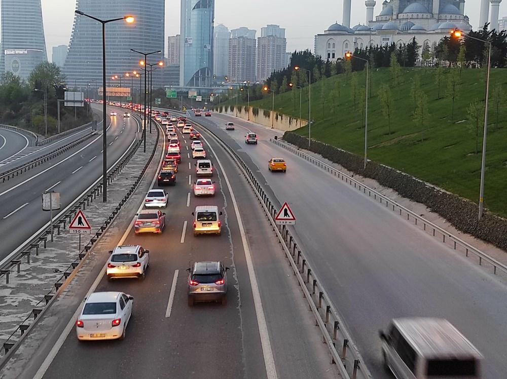 İstanbul'da, 'tam kapanma' öncesinde kaçış trafiği - 7