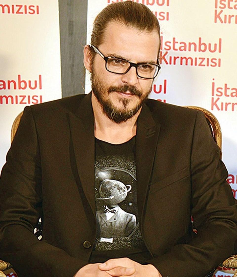 Muhteşem Yüzyıl Şehzade Mustafa'sı Günsür, 1997'de Hamam'da oynadı.