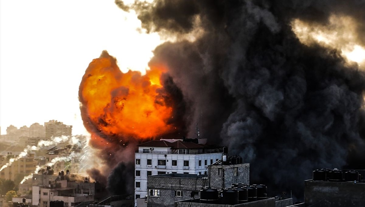 Gaza under bombardment: the number of Palestinians who lost their lives reaches 83