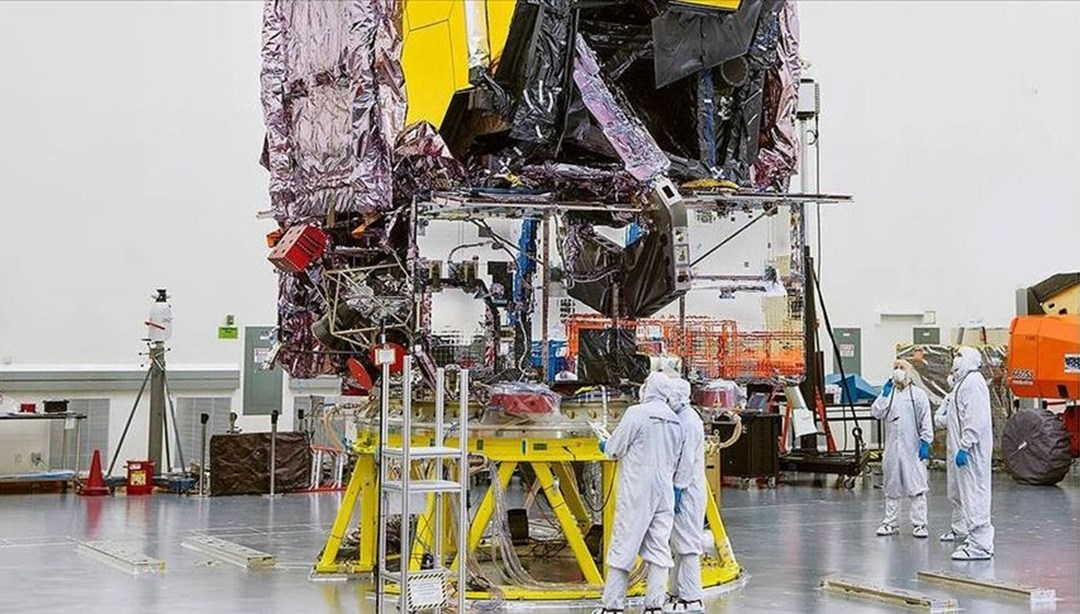 NASA will launch Hubble's successor, the James Webb Space Telescope, on December 18