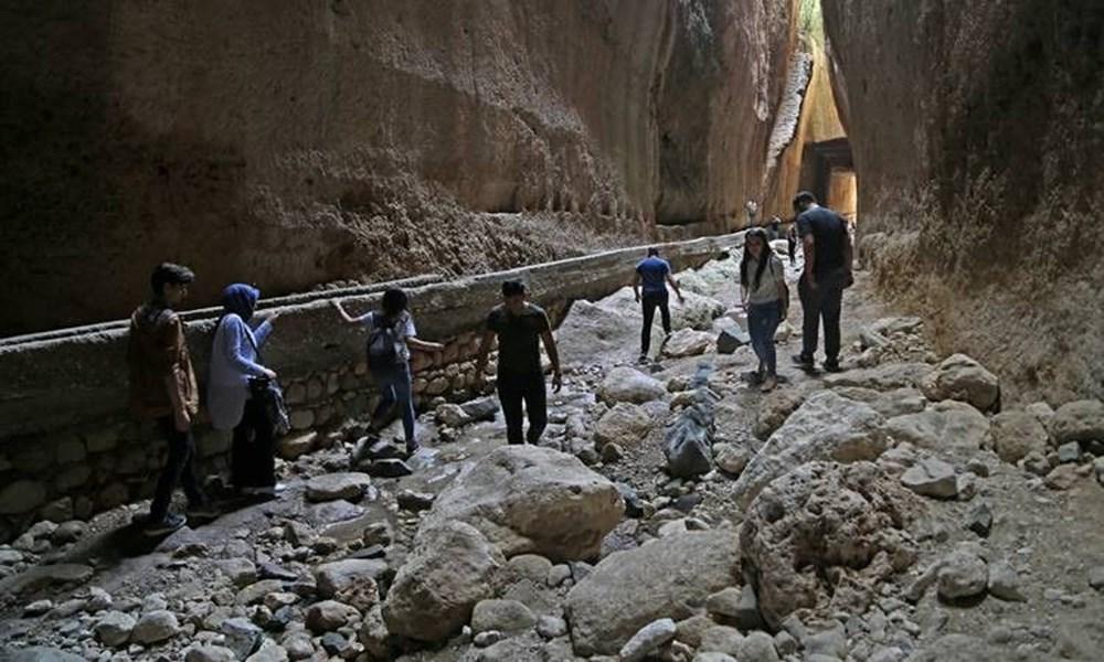 Antik dönemin mühendislik harikası: Bin esire yaptırılan 'Titus Tüneli'ne turist akını - 9