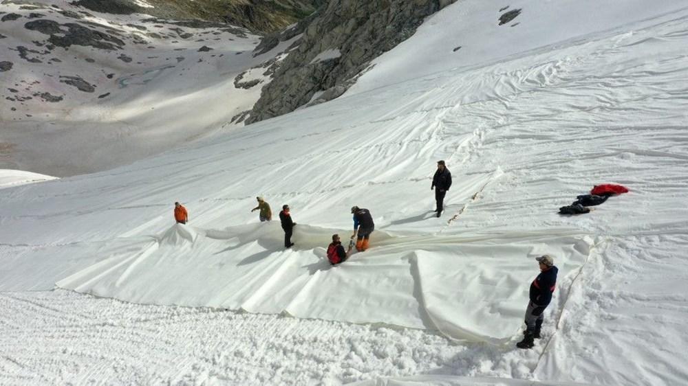 İtalyanlardan Presena buzulunun erimesine karşı muşamba önlemi: Yüzde 70'i korundu - 5