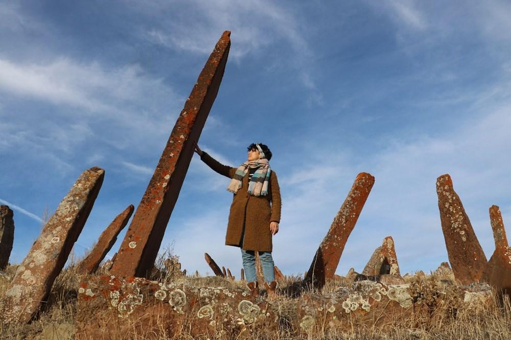 4 asırlık mezarlıktaki dev mezar taşları dikkat çekiyor - 2