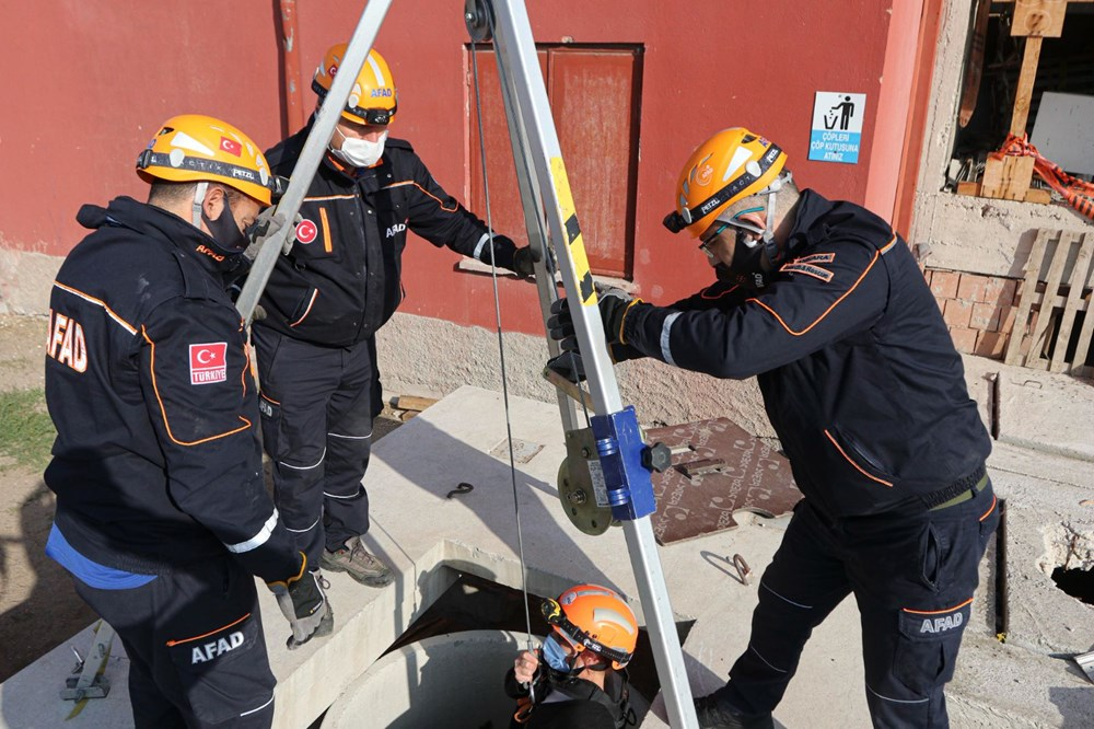 İzmir depremi kahramanlarının zorlu eğitimi (AFAD gönüllüsü nasıl olunur?) - 10