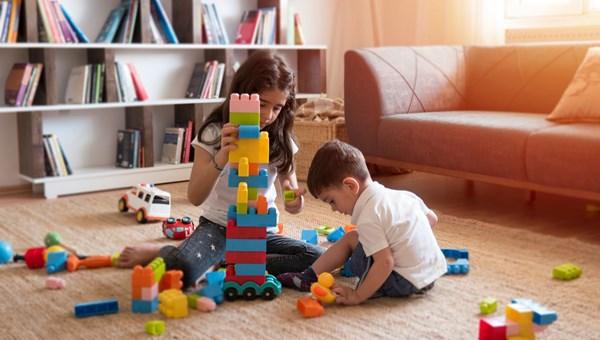 Oyun terapisi nedir, oyun terapisi çocuk için ne zaman gerekli olur?