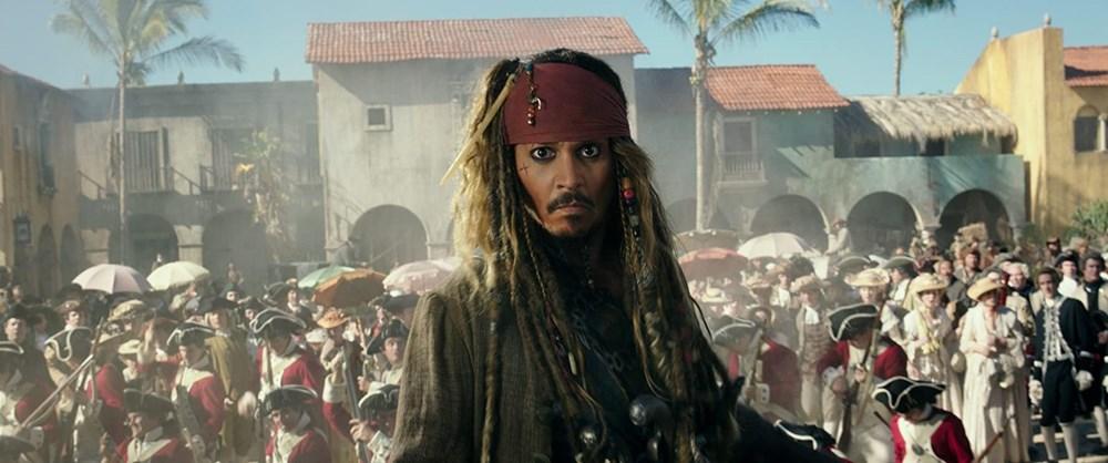 Johnny Depp tahtını Margot Robbie'ye kaptırabilir (Karayip Korsanları hakkında her şey) - 24