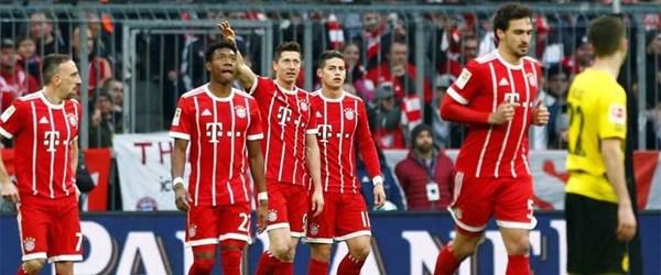 Bayern Münih, Borussia Dortmund'u dağıttı