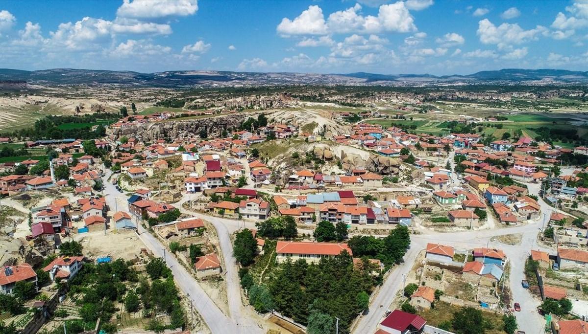 Frigya'nın saklı cenneti: Üçlerkayası Köyü
