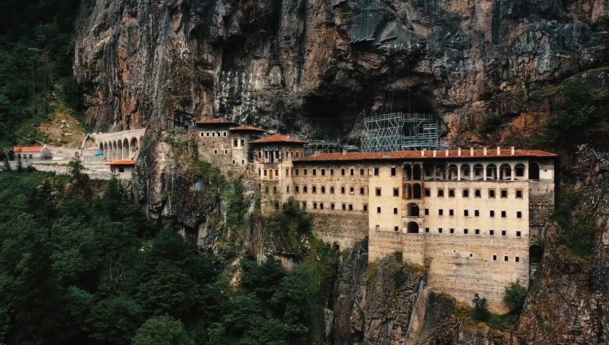 Sümela Manastırı'nda  restorasyon çalışmalarına yeniden başlandı