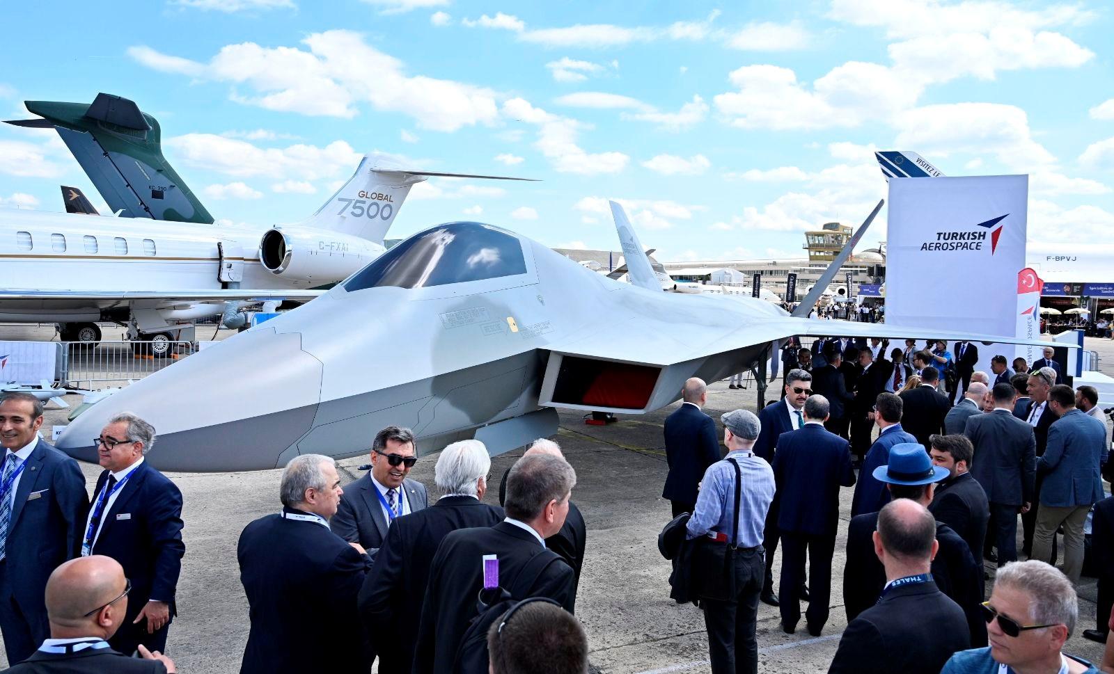 Savaş uçağı projesi ile Hava Kuvvetleri Komutanlığı envanterindeki F-16'ların yerini alacak modern savaş uçakları üretilmesi hedefleniyor.