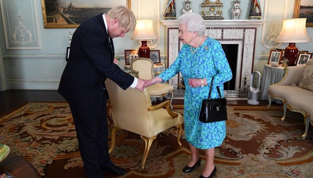 İngiltere Başbakanı Boris Johnson'dan Kraliçesi Elizabeth'e kutlama