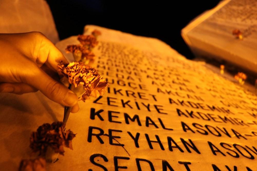 17 Ağustos depreminin 21. yılı: Hayatını kaybedenler törenle anıldı - 25